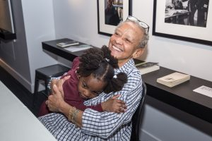 Nikki Giovanni visits the American Writers Museum in Chicago