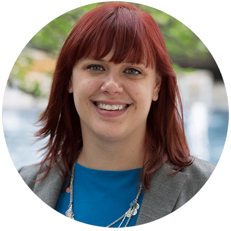 Lindsay Thobe is the Sales and Partnerships Associate at the American Writers Museum in Chicago